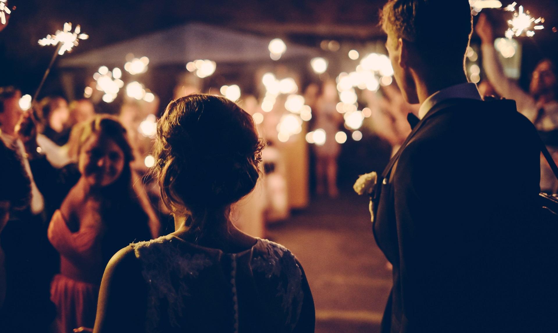 weselne przyjęcie zimne ognie