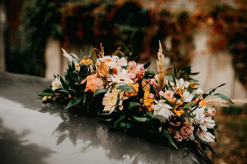 Duży, kolorowy, jesienny wieniec z kwiatów, What a lovely day Wedding Planner
